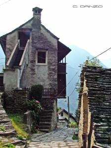 007 Calasca Valle Anzasca scorcio c